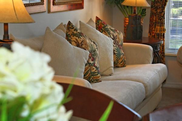 004-Formal Lounge